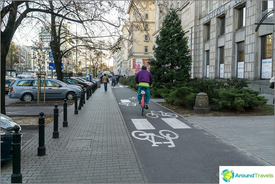 Koko pyöräteiden keskusta, ei vain keskusta