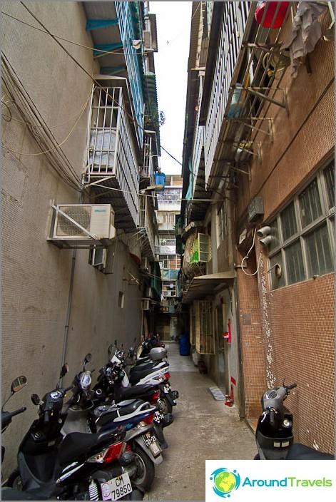 Macaon kaduilla