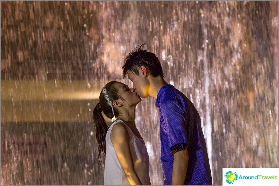 Romanttinen rakkaustarina Hongkongissa