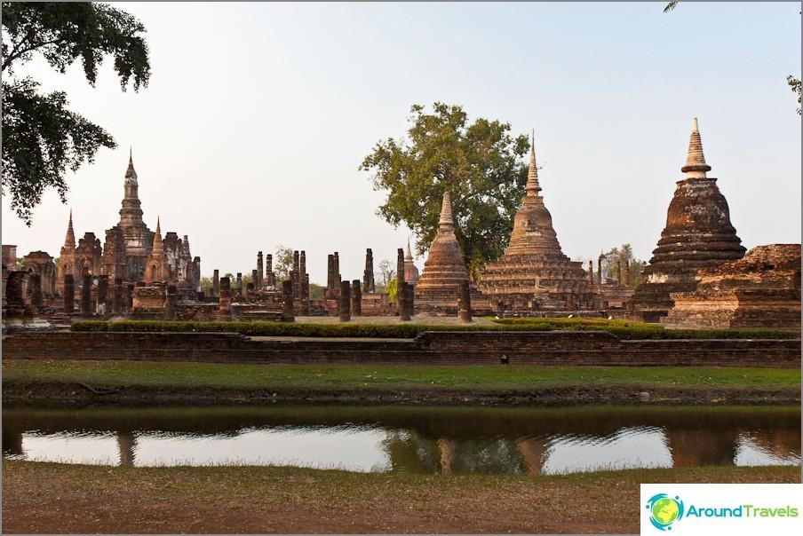 Wat Mahathat - Sukhothain suurin temppeli