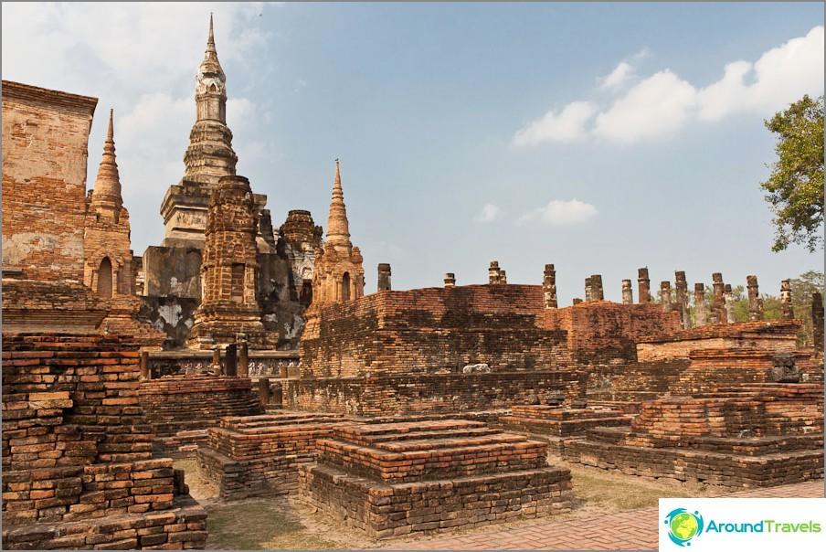 Wat Mahathat Sukhothaissa