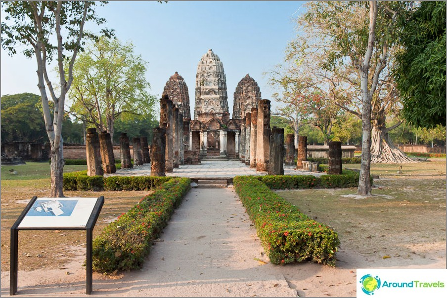 Wat Si Sawai Sukhothaissa