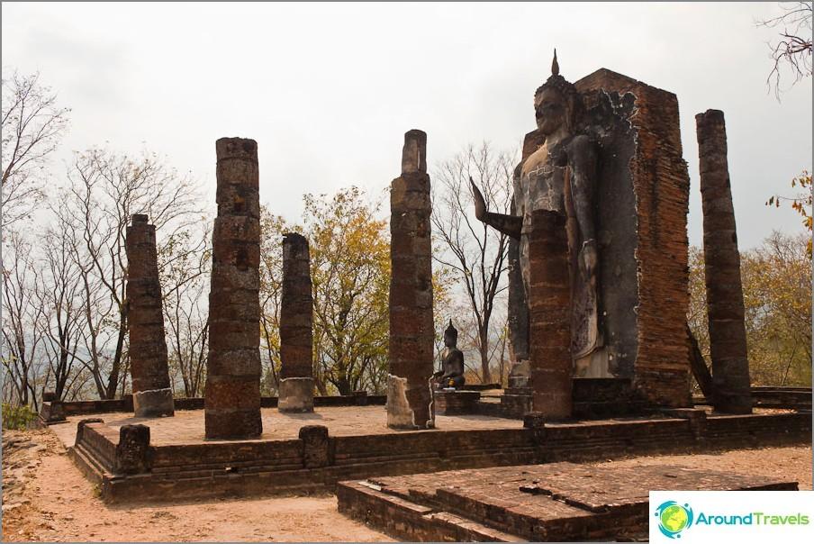 Wat Saphan Hin Sukhothaissa