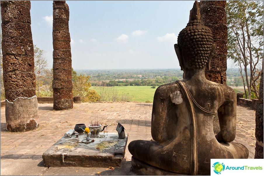 Wat Saphan Hin - näkymät vuorelle
