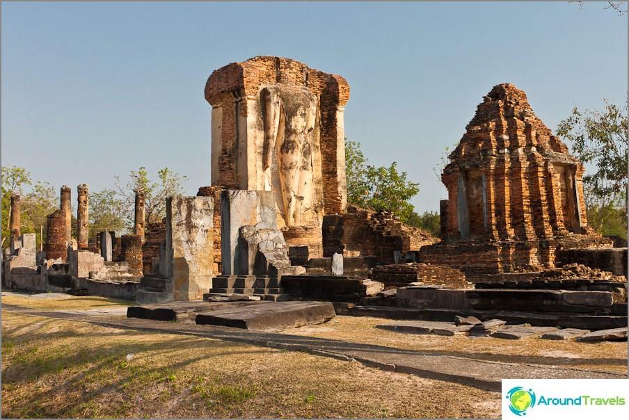 Wat Chetuphon Etelä-Sukhothaissa