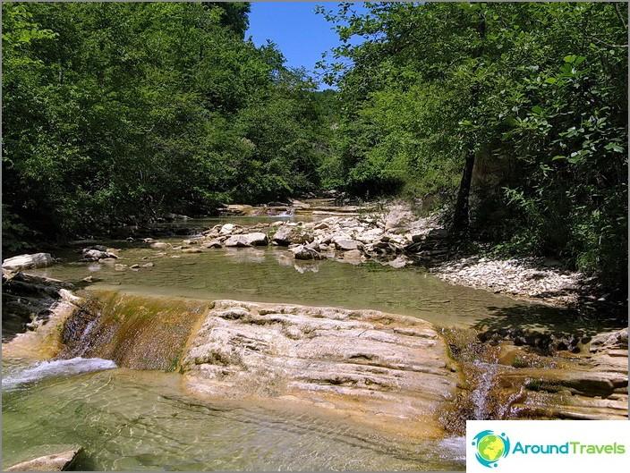 Река Жанет.