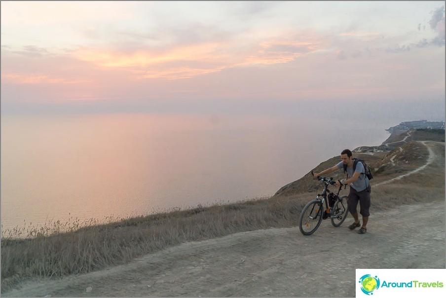 Joissain paikoissa joudut ajamaan pyörällä