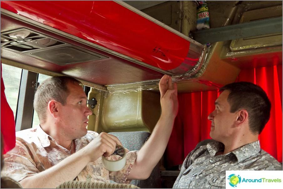 Naapurimaissamme bussissa tarttuu nauha kaiken ympärille, jotta ei puhaltaisi