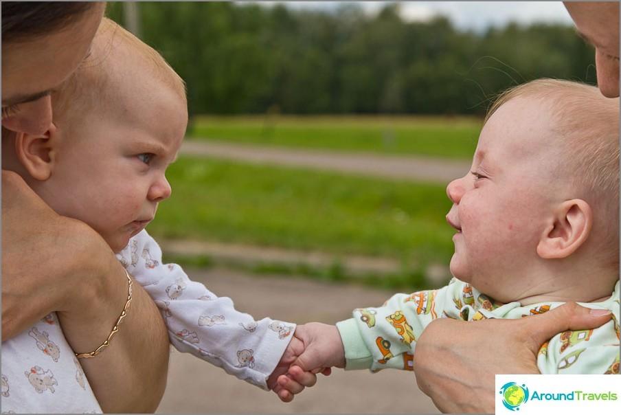 Mutta Lisa ei ollut kovin onnellinen siitä, että Yegor nuolee kättään