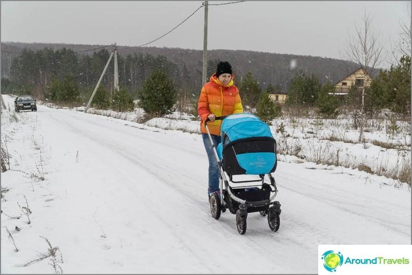 Jopa talvella voit kävellä rattailla, ennen kuin se oli sotkua