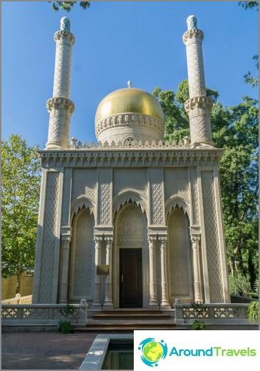 Melkein Taj Mahal, vain tämä on idän talo