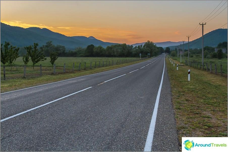 Много харесвам пътя между Криница и магистралата