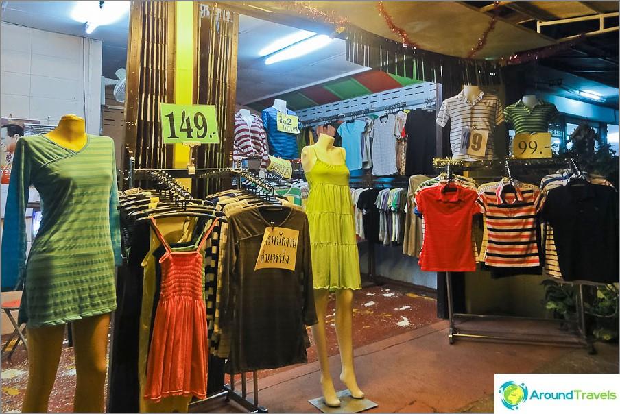 Kuinka paljon Thaimaa on - vaatteita