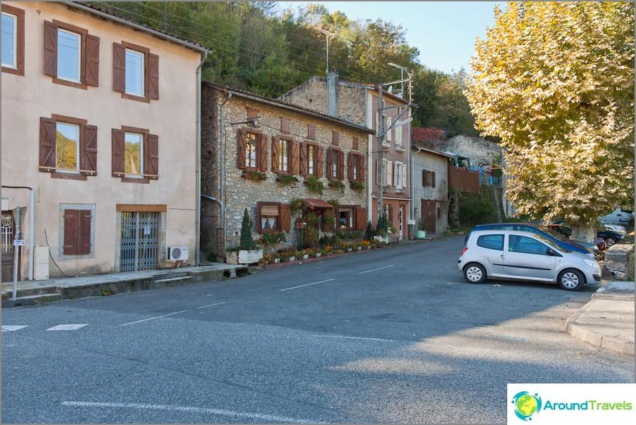 Типични поддържани улици на малките градове