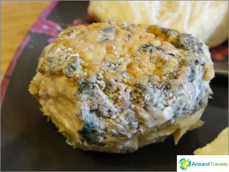 Такова сирене се счита за чудесен деликатес, но не бихме могли да го изядем.