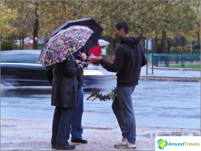 Араби по улиците на Париж