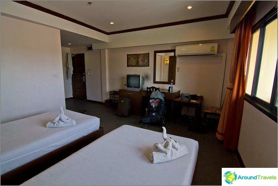 Hotellihuone Hua Hinissä 600 bahtia