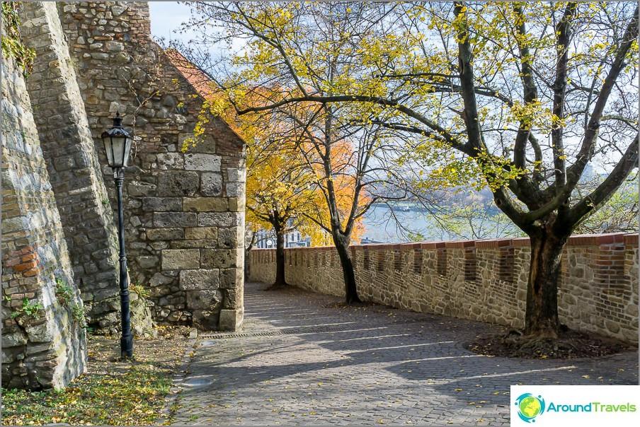 Syksy on hyvä aika käydä Bratislavan linnassa