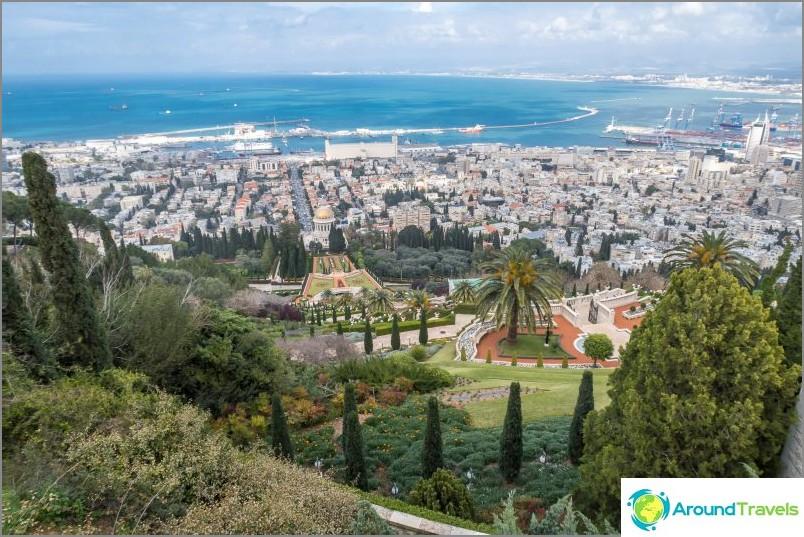 Haifa-keskus ja näkymä Bahain puutarhaan