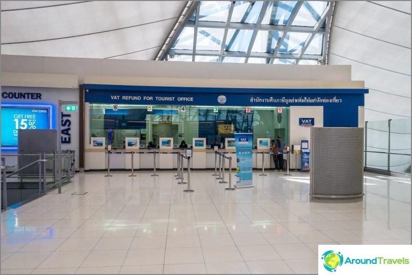 Kassan ALV-palautus Bangkokin lentokentän kauttakulkualueella