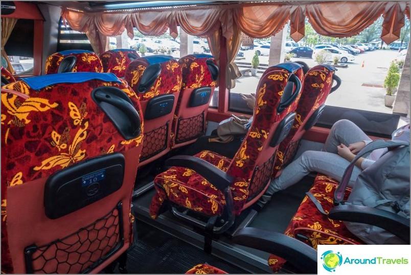 Bussi lentokentältä donsack-laiturille