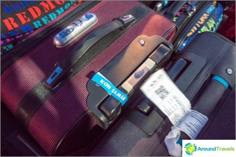 Muista kiinnittää tarra matkalaukkuun, Samui tai Koh Phangan