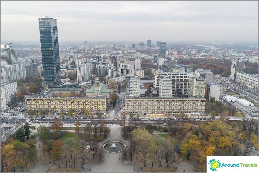 Näkymät Varsovaan 30. kerroksesta
