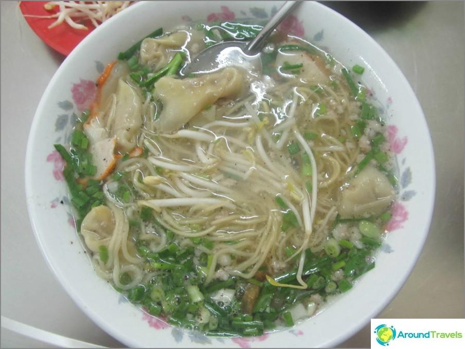 Ruoka Vietnamissa