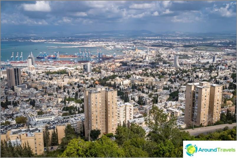 Haifa - kaupunki meren rannalla
