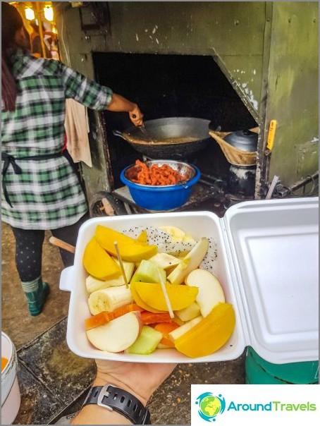 Пантип пазар на Koh Phangan - евтина храна и място за срещи