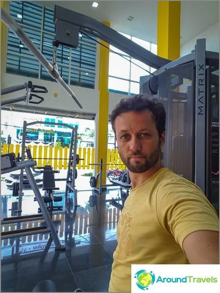Podium Gym - moderni kuntosali Phanganissa