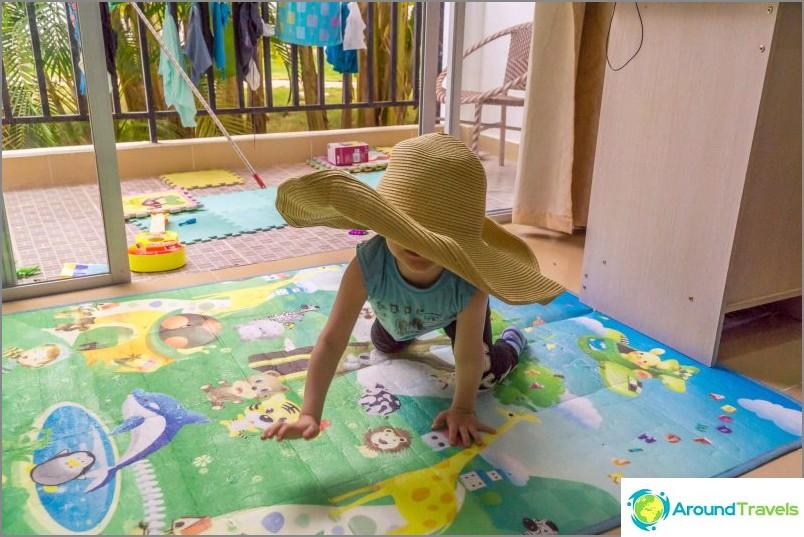 Pehmeä matto vauvalle