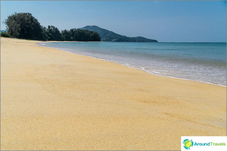 Ei vain Mai Khaon ranta, vaan kaunis ranta!