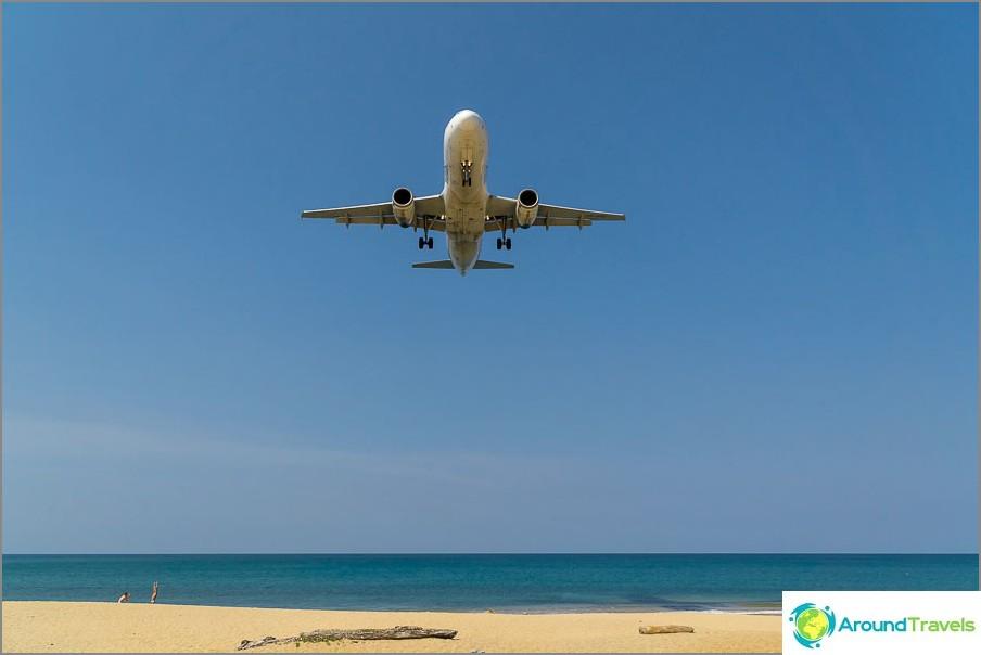 Täällä lentokoneet lentävät oikealle yläpuolelle