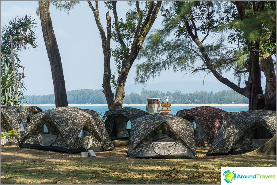 Teltat ja telttailu Sirinatin kansallispuistossa