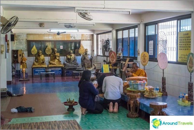 Храм Хао в Пукет - Близо до наблюдателната площадка Ранг Хил