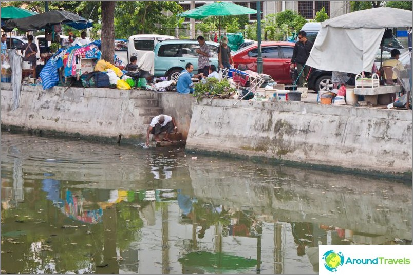 Joitakin Bangkokin kanavia ei käytetä millään tavoin, vain, jos peset