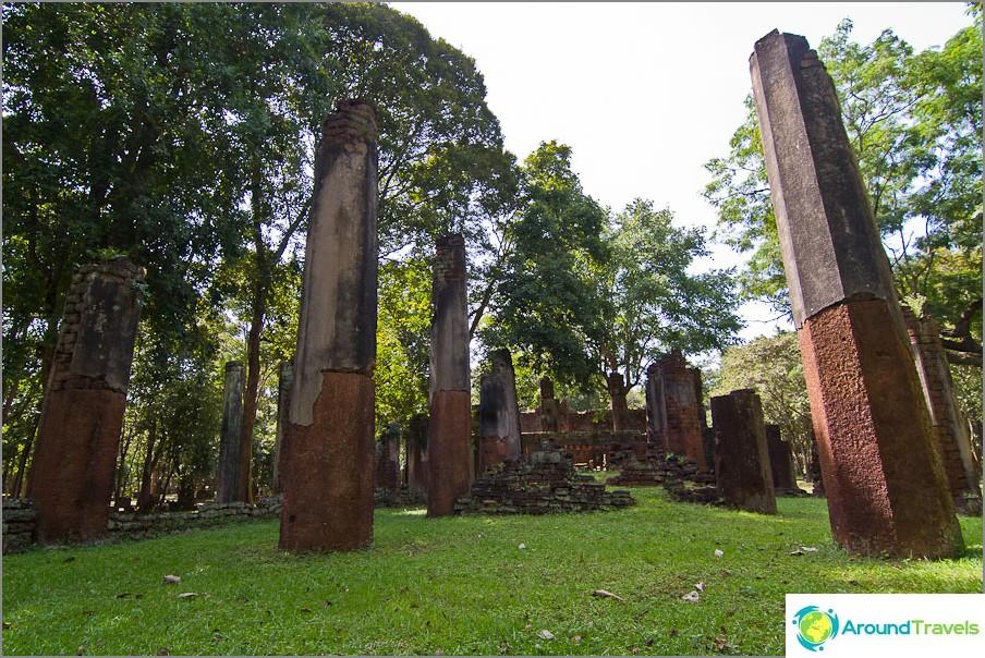 Wat Phra Non-temppelin jäännökset