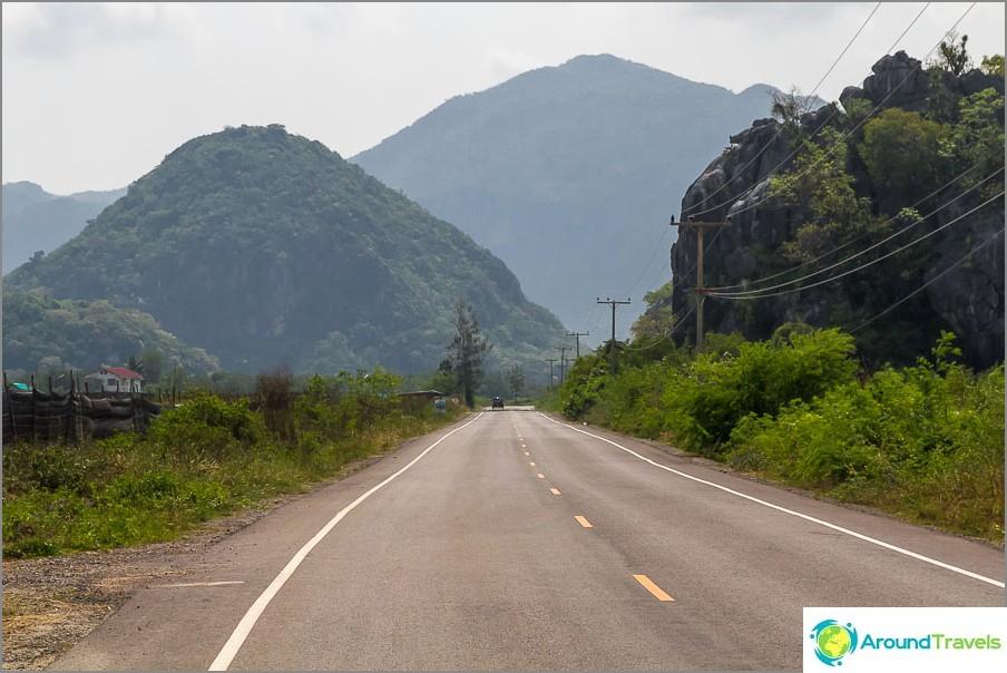 Khao Sam Roi Yotin kansallispuisto - kauneuden ympärillä
