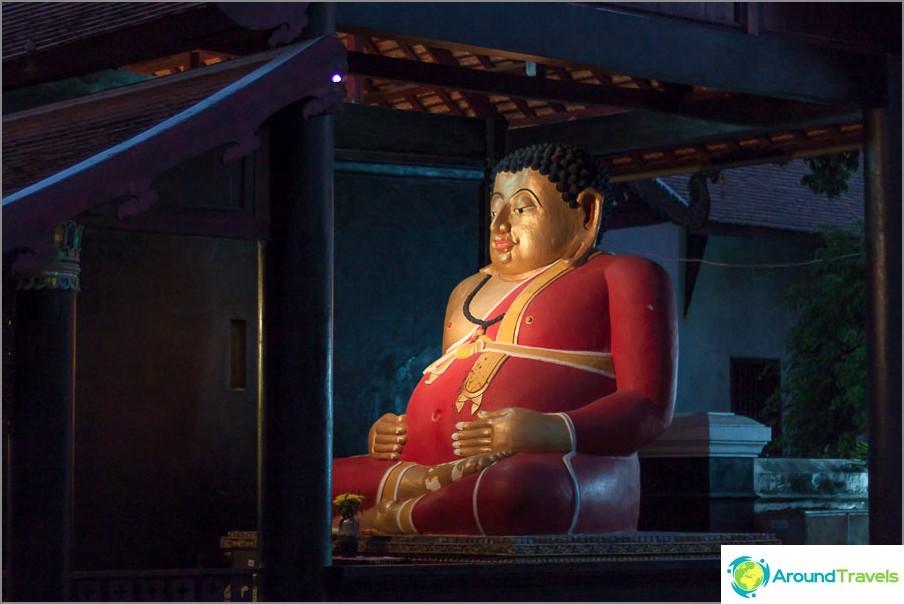 Istuva buddha