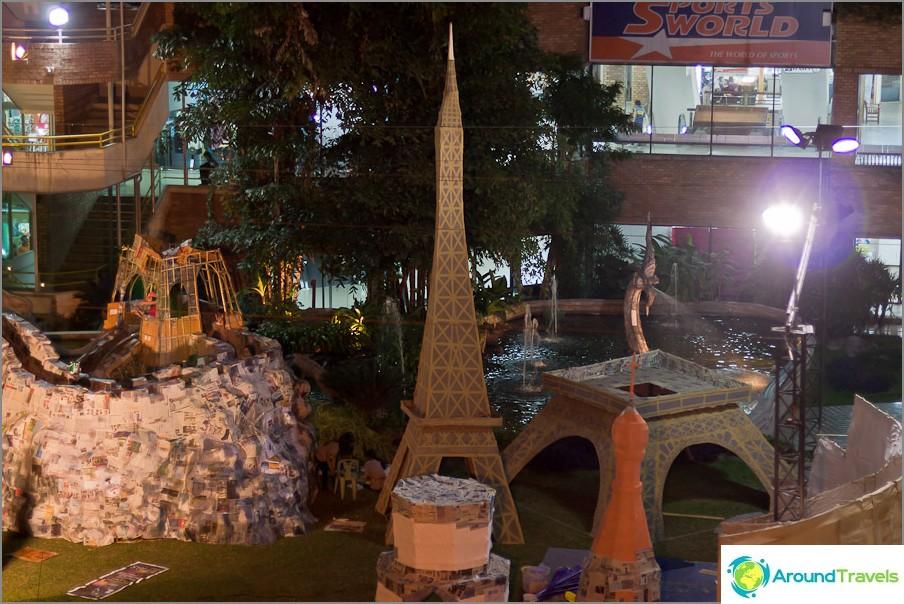 Eiffel-torni valmis