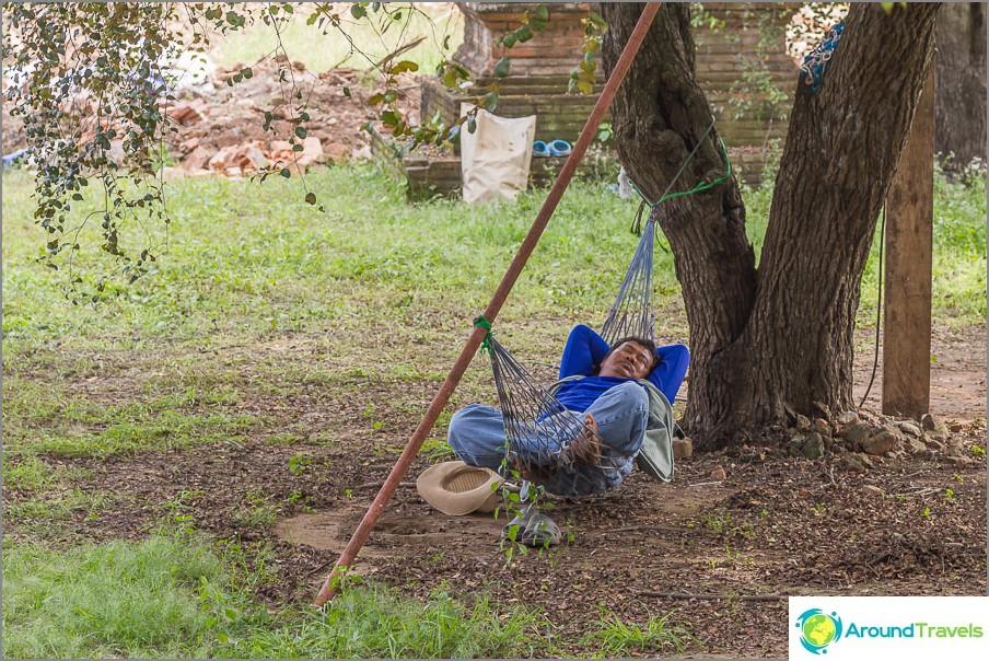 Miksi ei levätä, työ ei ole susi