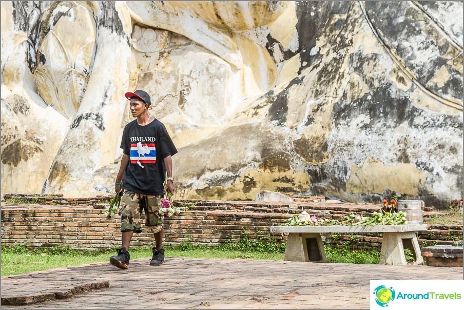 Thaimaalainen liiketoiminta - vie lootot takaisin tiskilleen