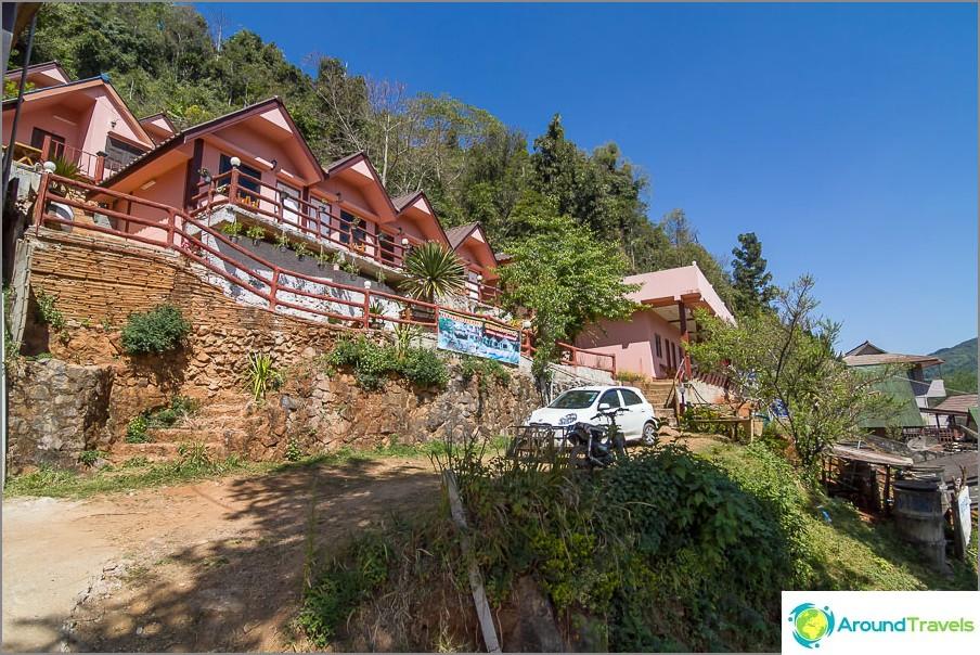 Halvat hotellit Naha - Ang Khang
