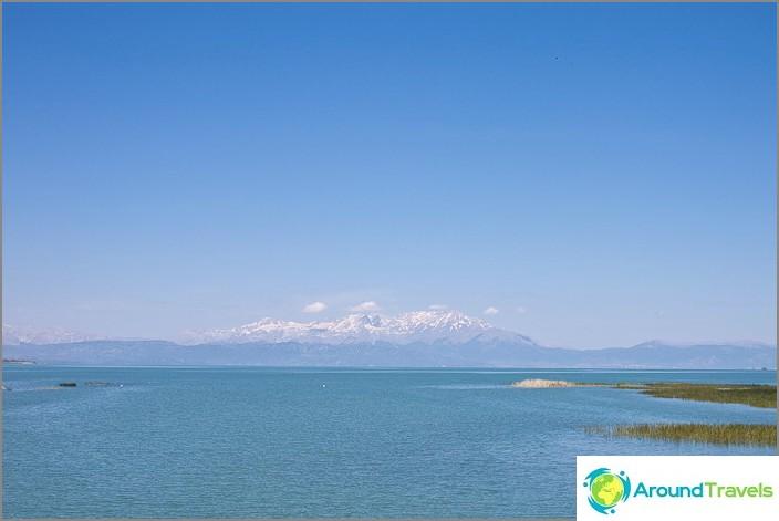 Beysehir-järvi. Turkki.