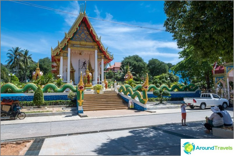 Wat Suwankiriket в Пукет