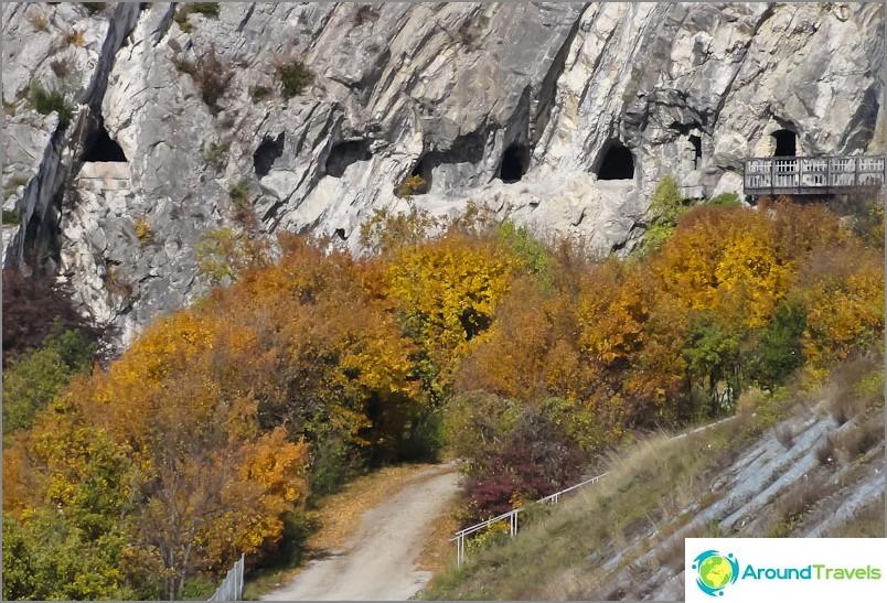 Luolaikkunat lähellä Grenoblea