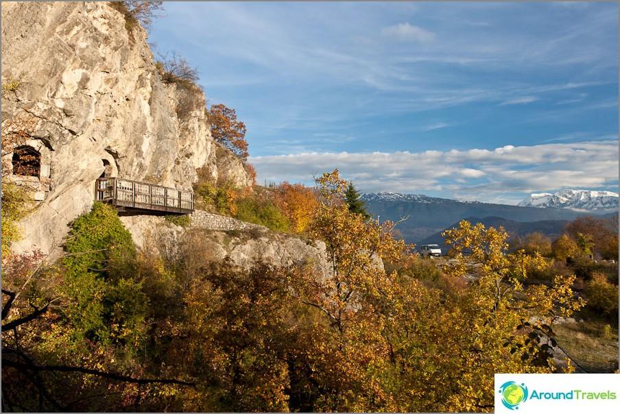 Luola lähellä Grenoblea