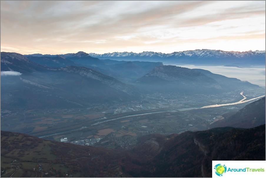 Гренобли френски Алпи - при изгрев