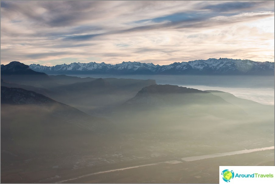 Гренобли френски Алпи - зори